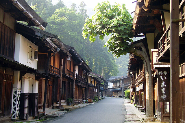 'Magomejuku' which still remains the historical townscape of the Edo era